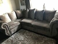 Beautiful Corner Chesterfield Sofa 9ft/7ft