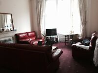 Double room, 5 min from UoG, 250£ pm.