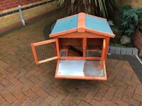 Rabbit/Guinea Pig Hutch with detatchable run