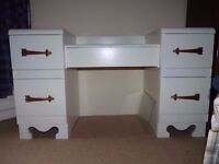 White Solid Dressing Table with Art Deco Style Handles and Decoration