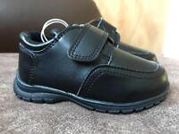 Size 5 black dress shoes
