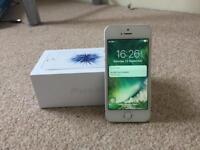 UNLOCKED Silver IPhone SE 16GB