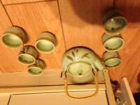 Dainty Asian teapot with 7 pottery cups