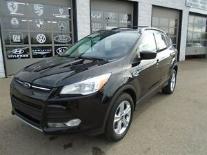 2013 Ford Escape SE No accidents Pano roof Navi