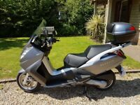 Peugeot Satelis 125 Executive 2008 with very low mileage (750 miles) - Excellent condition