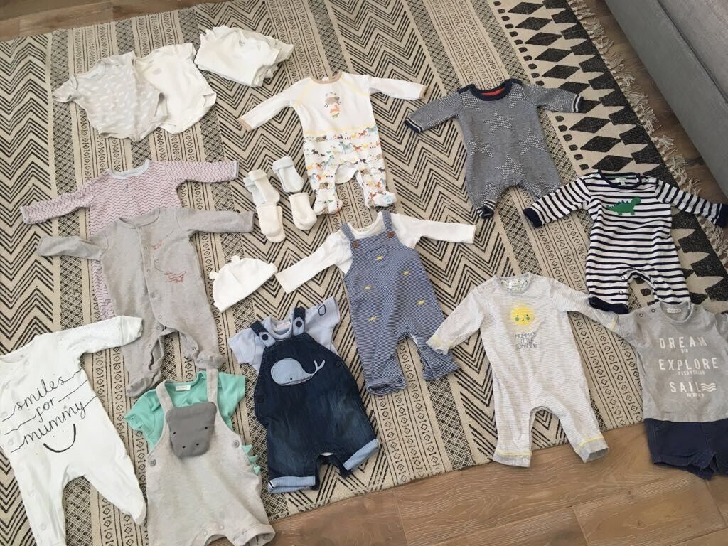 Baby boy 0 3 month clothesin Totton, HampshireGumtree - Various boys or unisex 0 3 month clothes Includes rompers, two piece sets, baby grows, vests and socks from mamas and papas, John Lewis or next Willing to sell as a bundle or individual pieces All only worn a maximum of 5 times