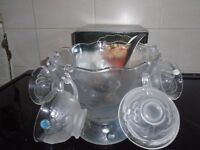 punch bowl 6 glasses ladle new in box