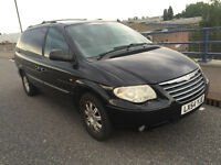 chrysler grand voyager automatic 7 seater Tow Bar sat nav dvd player bluetooth with electric doors