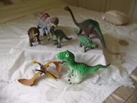 SELECTION OFSEVEN TOY DINOSAURS