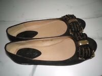 WORN BUT IN GOOD CONDITION.,DE CLUTTERING,PRETTY FAUX SUEDE SHOE.