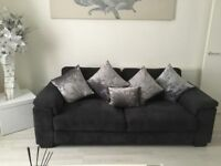 3&2 charcole grey sofas good condition I'm looking for £200 Ono Partick area of Glasgow ............