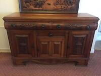 Solid Wood Drinks Cabinet / Side Board / Storage Unit