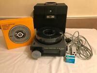 Kodak Carousel S-AV 2050 AF Projector with Slide Tray.