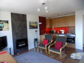 Aberdovey Aberdyfi Wales Fully refurbished holiday lodge chalet £44,995 2 bedrooms - FREEHOLD