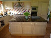 Kitchen Fully Fitted Luxury complete with all appliances & Granite work tops
