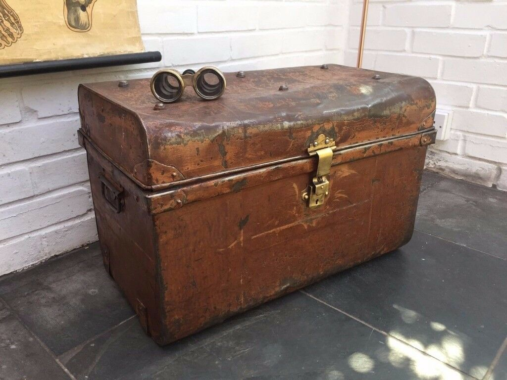 Vintage Tin Steamer Trunk With Original Brass Clasp And Turquoise Interior