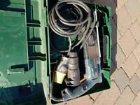 Bosch GBH2-SE drill with breaker/chisel attachment