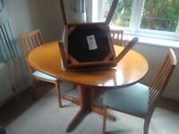 G Plan Table & 4 chairs Excellent