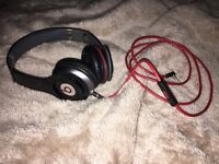 Original beats by dre head phones with case, black, perfect working order in very good condition!