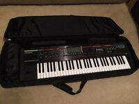 Roland Juno G 128 voice expandable Synthesizer - like new! Comes with Roland bag and manual