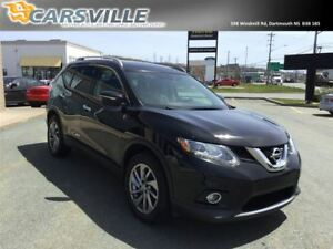 2015 Nissan Rogue SL AWD PREMIUM w/ Leather & Navigation !!!!