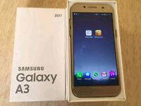 Samsung Galaxy A3 2017 in Gold - Unlocked - 4 weeks old
