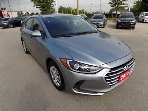 2017 Hyundai Elantra LE.. LOW KMS.. ONE OWNER.. HEATED SEATS