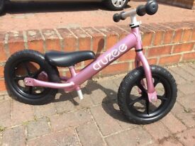 Kids cruzee balance bike
