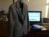 Ladies suit Jacket & skirt size 42 wool by Globus Essentials. Hardly won. Khaki colour Jacket small