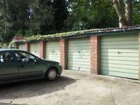 Modern garage to let