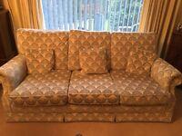 3 seater Sofa plus cushions blue cream vgc