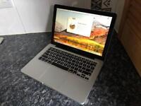 "Apple MacBook Pro Early 2011 13"" core i5 2.3ghz 4gb ram 1th hard drive"