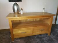 Solid oak TV unit / sideboard ### URGENT ### OPEN TO OFFERS