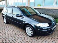 08 plate Renault Megane 1.6 dynamique in excellent condition 1 years mot full service history