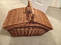 Beautiful Traditional Picnic Basket