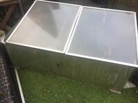 Coldframe mini greenhouse propagator