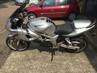 Suzuki SV 650S K2, Silver an Black 2002 model £1250 or nearest offer