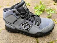 Five Ten Impact flat pedal MTB shoes