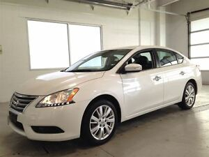 2013 Nissan Sentra SL| LEATHER| NAVIGATION| SUNROOF| BACKUP CAM| Cambridge Kitchener Area image 3