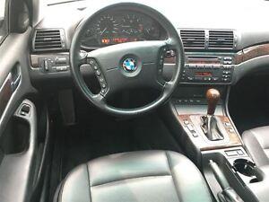 2002 BMW 325 xi  Super clean! London Ontario image 14