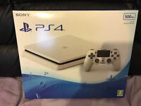 WHITE PLAYSTATION 4 500GB CONSOLE - BRAND NEW AND SEALED PS4