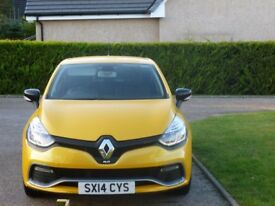 Renault Clio RS200 EDC 1.6 Turbo LUX for sale rare example with all option boxes ticked