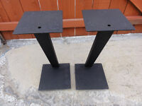 Z shape Speakers Stands going cheap Quick Sale