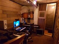 MUSIC STUDIO IN SOUTH EAST LONDON (FOREST HILL) £20 PER HOUR