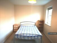 1 bedroom in Campbell Fields, Aldershot, GU11 (#852812)