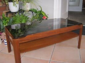 1970,s coffee table