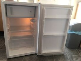 Under counter fridge small freezer compartment excellent condition hardly used