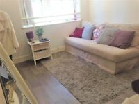 Gorgeous riverside studio with garden in heart of Greenwich - Short term | Holiday | BnB / B&B