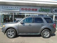 2011 Ford Escape Limited 4x4 Sunroof / Leather Interior / $73 wk