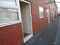 3 Bedroom Property to rent 179 Waterloo Street Glodwick Oldham OL4 1EN
